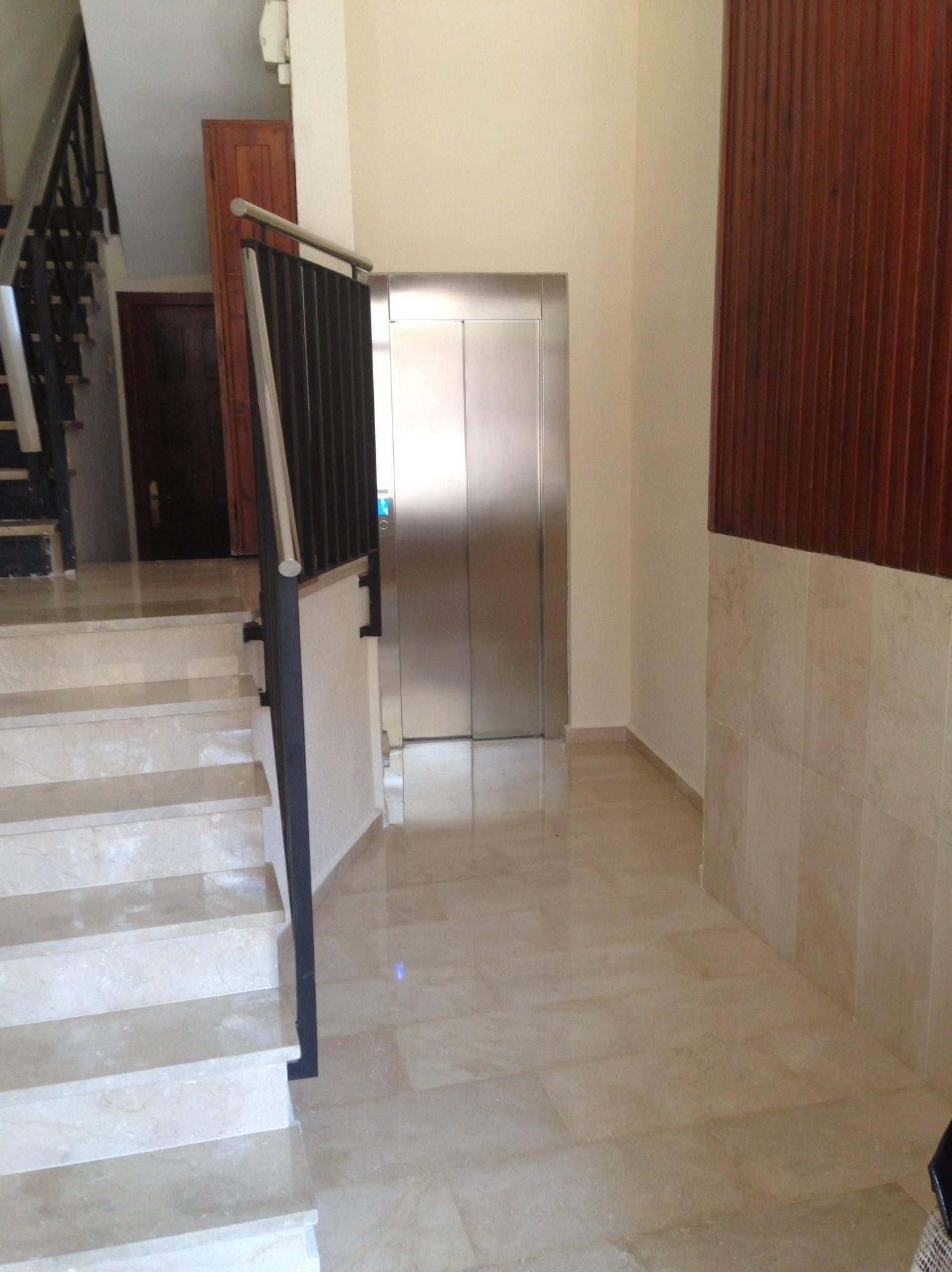 Eliminaci n de barreras arquitect nicas ascensores del turia for Barreras arquitectonicas