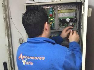 Presupuesto mantenimiento ascensor Valencia calidad