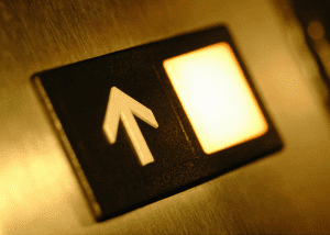 Montaje e instalación de ascensores