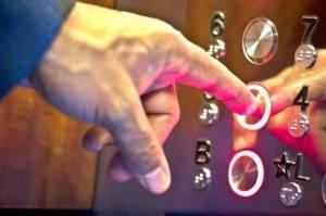 Bajar ascensor a cota cero Valencia - Empresa de ascensores profesional