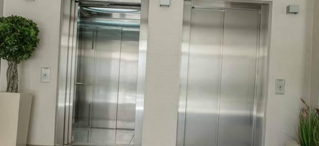 Oferta profesional mantenimiento ascensor Valencia