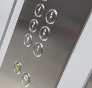 Oferta mantenimiento ascensor