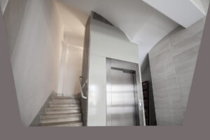Servicio para bajar ascensor a cota cero